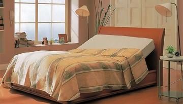 リクライニングベッド9