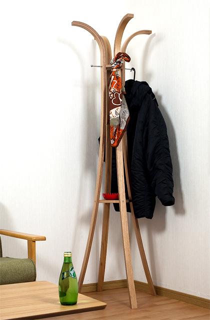 ハンガーラック木製4