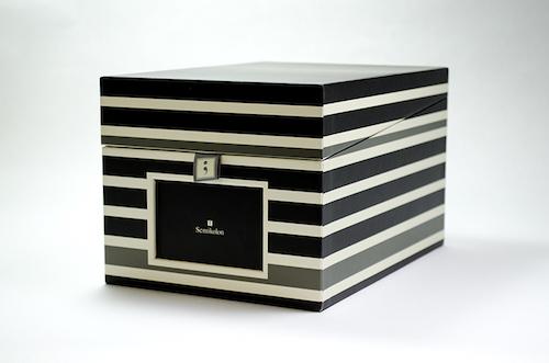 モノトーン インテリア ボックス