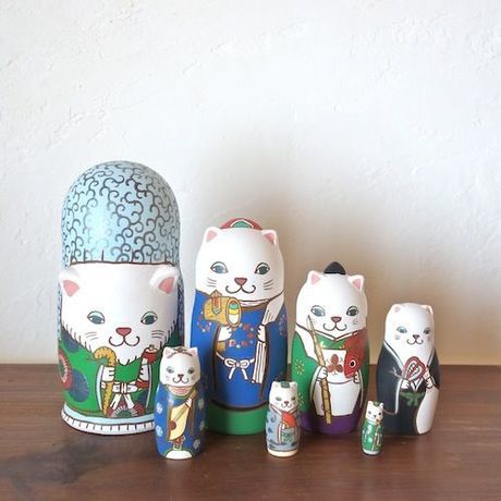 Seven Lucky Gods of a cat